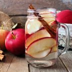 Apple cinnamon detox water  challenge ..Day 1